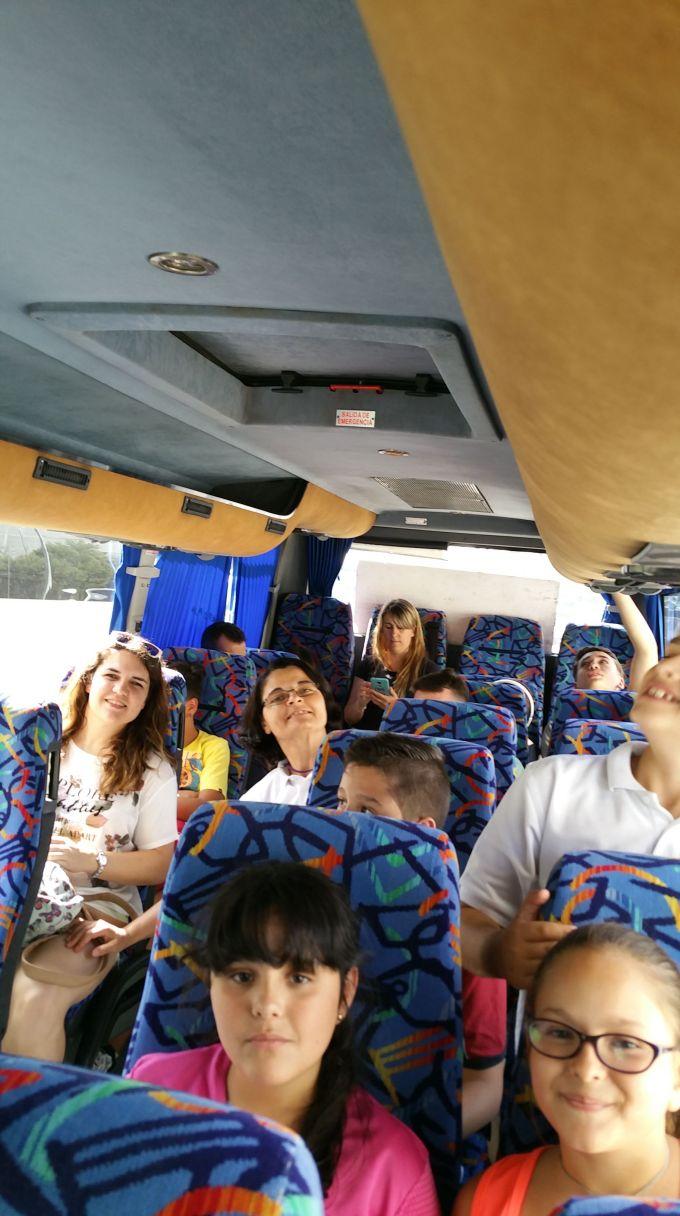 En el Autobus al Albergue de la Victoria en Port L'Alcudia